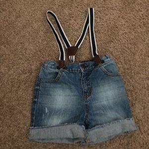 Toddler shorts with suspenders
